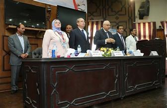 محافظ كفر الشيخ يشهد مؤتمر ربط مدارس التعليم الفني بالمصانع | صور
