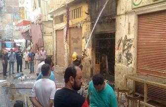 السيطرة على حريق بورشة لتصنيع الأحذية في الإسكندرية| صور