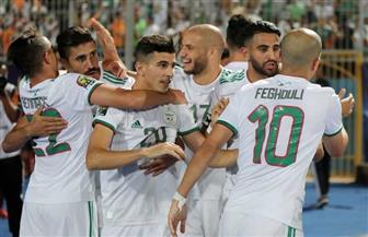 الجزائر تنهي الشوط الأول ضد غينيا متقدمة بهدف البلايلي