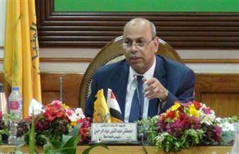 """رئيس جامعة المنيا يفتتح معرض """"رؤية طباعية بلقطات متعددة"""""""