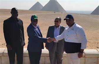 رئيس وزراء تنزانيا يزور منطقة آثار الهرم| صور