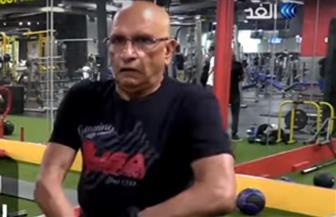 رياضي في سن الـ 75 يستعد لبطولة العالم في رفع الأثقال| فيديو