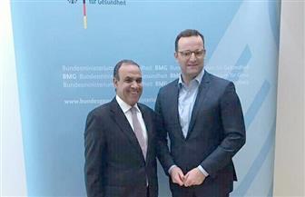 السفير المصري في برلين يبحث مع وزير الصحة الألماني التعاون في مجال الصحة