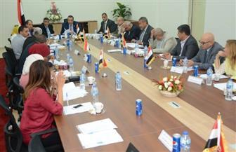 مجلس أمناء القاهرة الجديد يضع حلولا لأزمات المدينة في مختلف القطاعات