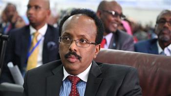 """ردا على """"سخافة"""" ترامب.. الرئيس الصومالي يتخلى عن جنسيته الأمريكية"""