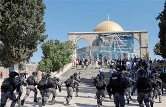 صدامات بين الشرطة الإسرائيلية وفلسطينيين في حرم المسجد الأقصى