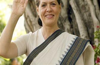 سونيا غاندي تعود لقيادة حزب المؤتمر الهندي بعد استقالة ابنها راهول
