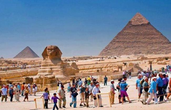 السياحة  تطلق أول فيلم عالمي لحملة  People to People  للترويج لمصر بشكل عصري -
