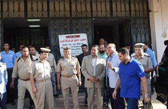 مدير الأمن ورئيس الجامعة يتابعان الحالة الأمنية بمستشفى سوهاج | صور