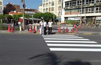 محافظ البحر الأحمر يشدد على سرعة الانتهاء من وضع العلامات الإرشادية بشوارع الغردقة | صور