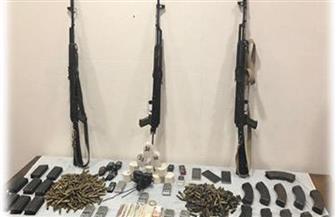 ضبط مروجي مخدرات وأسلحة وتنفيذ أحكام قضائية في حملة أمنية بالقليوبية