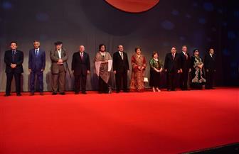 تكريم عدد من المبدعين في افتتاح المهرجان القومي للمسرح المصري| صور