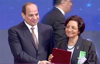 """""""بوابة الأهرام"""" تحاور رجاء منصور حول أسرار تكنولوجيا التخصيب بمصر.. بعد تكريمها من الرئيس السيسي"""