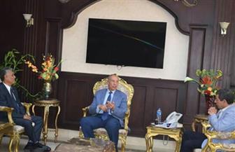 محافظ البحر الأحمر يناقش افتتاح كلية الألسن بالغردقة مع رئيس جامعة جنوب الوادي | صور