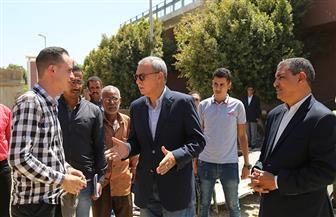 محافظ قنا يتفقد مشروعات مياه الشرب في قرى دشنا