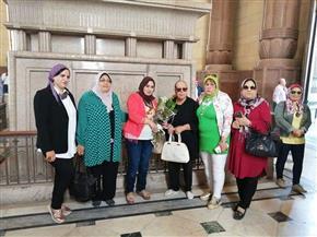 اتحاد المرأة الوفدية يضع إكليل الزهور على ضريح سعد زغلول
