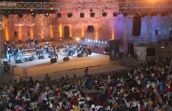 أجواء فلكلورية مبهجة وسحر الطرب والموسيقى مع أحمد جمال وسداسي شرارة في القلعة | صور
