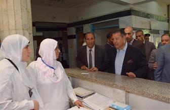 محافظ بني سويف يحيل المتغيبين عن العمل بمستشفى أهناسيا المركزي للتحقيق   صور