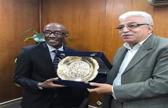 غرفة الهندسية تكرم سفير روندا.. وصالح: فخور بفترة عملي بالقاهرة