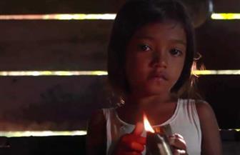 حياتهم تحولت لظلام دامس.. شاهد كيف يعيش سكان الأمازون بدون كهرباء؟