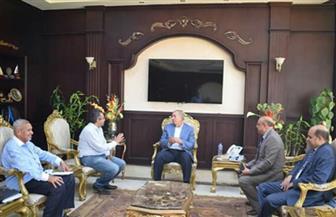 محافظ البحر الأحمر يناقش موقف المشروعات التي تنفذها الأوقاف مع رئيس مجلس إدارة الهيئة