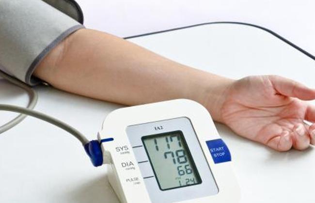 متى يؤدي انخفاض ضغط الدم إلى نوبة قلبية؟ - بوابة الأهرام