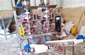 ضبط 40 طن مواد غذائية منتهية الصلاحية بمصانع العاشر من رمضان | صور