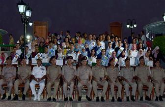 تكريم الطلاب المتفوقين دراسيا من أسر القوات المسلحة |صور