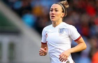 الإنجليزية برونز تتوج بجائزة أفضل لاعبة في أوروبا