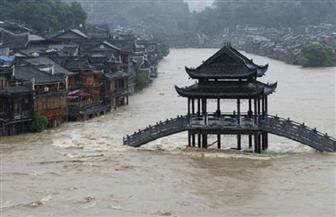 وفاة 12 شخصا وفقدان آخر في فيضان وسط الصين