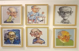 50 فنانا عالميا يرسمون ملامح نجيب محفوظ  في افتتاح معرضه بالأزهر | صور