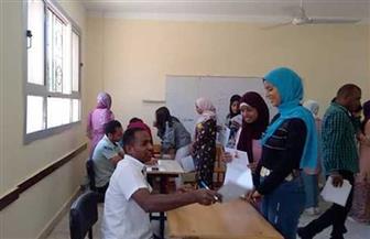 استمرار المقابلات الشخصية للطلاب المتقدمين للالتحاق بالتعليم المزدوج بالبحر الأحمر| صور