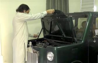 لأول مرة في باكستان.. سيارة مصنوعة يدويا بالكامل| فيديو