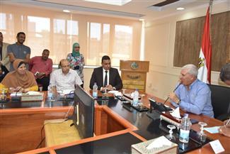 محافظ مطروح يلتقي مديري إدارات الديوان العام بحضور سكرتير عام المحافظة الجديد
