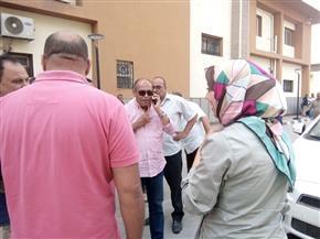 إحالة عدد من العاملين بمستشفى سمنود المركزي ووحدة محلية للتحقيق | صور