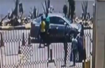 شاهد.. كاميرا حديقة الأزهر ترصد الإرهابي منفذ حادث معهد الأورام| فيديو
