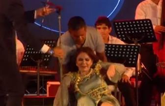 آخرهن ميادة الحناوي.. نجمات يسقطن على خشبة المسرح| فيديو