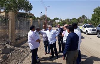 محافظ الأقصر يتفقد توسعة وتطوير المسار السياحى وشبكة الطرق بمدينة القرنة| صور