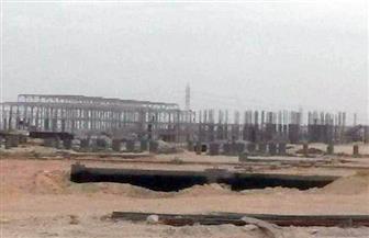 تسليم رخص بناء مصانع بالمنطقة الصناعية بالأقصر.. وقطع أراض لـ93 مستثمرا
