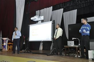 رئيس جامعة القناة يعرض ملف التحول الرقمي في اجتماع موسع بحضور 5 شركات كبرى