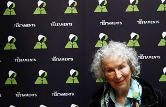 """مارجريت آتوود تكشف عن تكملة رواية """"حكاية أمة"""""""
