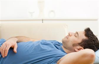 قيلولة بعد الظهر تقلل الإصابة بنوبة قلبية.. ولها فوائد أخرى
