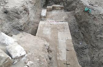 وزارة الآثار تبدأ في أعمال حفائر الإنقاذ بقرية كوم أشقاو بمحافظة سوهاج | صور