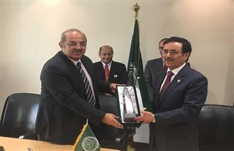 اللجنة الأوليمبية توقع بروتوكول تعاون مع جامعة الدول العربية بشأن التحكيم الرياضي