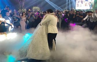 رقص أحمد فهمي وهنا الزاهد في حفل زفافهما| فيديو