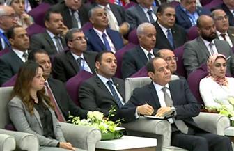 الرئيس السيسي يشهد فيلما تسجيليا عن المؤتمرات الشبابية خلال المؤتمر الثامن بالقاهرة الجديدة