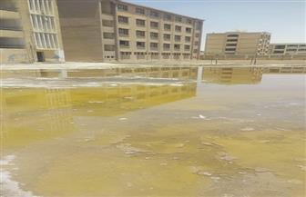 ضمن القرى الأكثر احتياجا.. مجمع مدارس قرية مسجد موسى بأطفيح يغرق في المياه الجوفية | صور