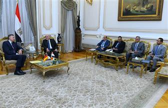 وزير الدولة للإنتاج الحربي يستقبل سفير ألمانيا لبحث سبل تعزيز التعاون المشترك