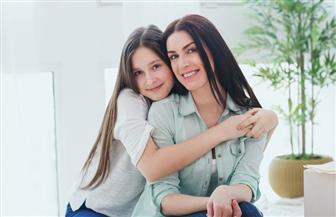 كيف تبني صحة ابنك النفسية خلال مرحلة المراهقة؟