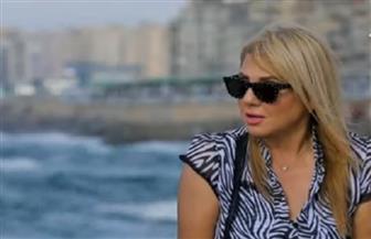 ندى بسيوني: أنا مش حلوة وابنتي أعقل مني كتير| فيديو